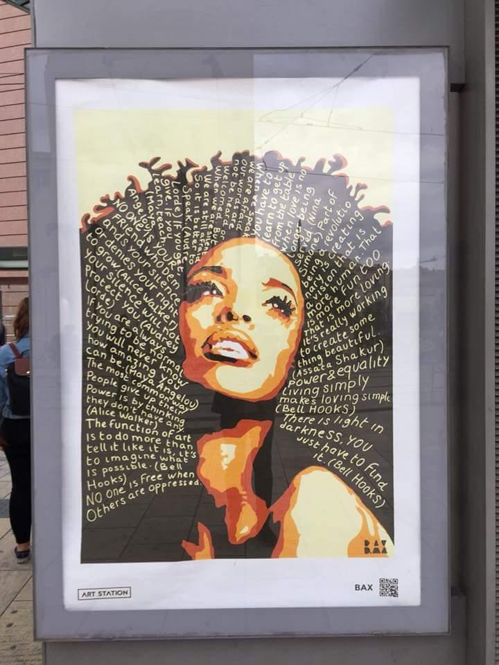 Art station ebony